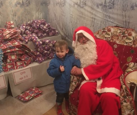 archie-santas-grotto-bekonscot-mode-village-2018